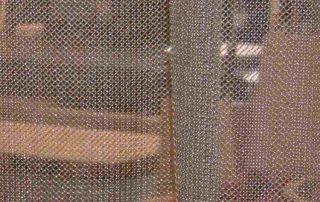 Kettenvorhänge sind edle Raumtrenner mit Transparenz
