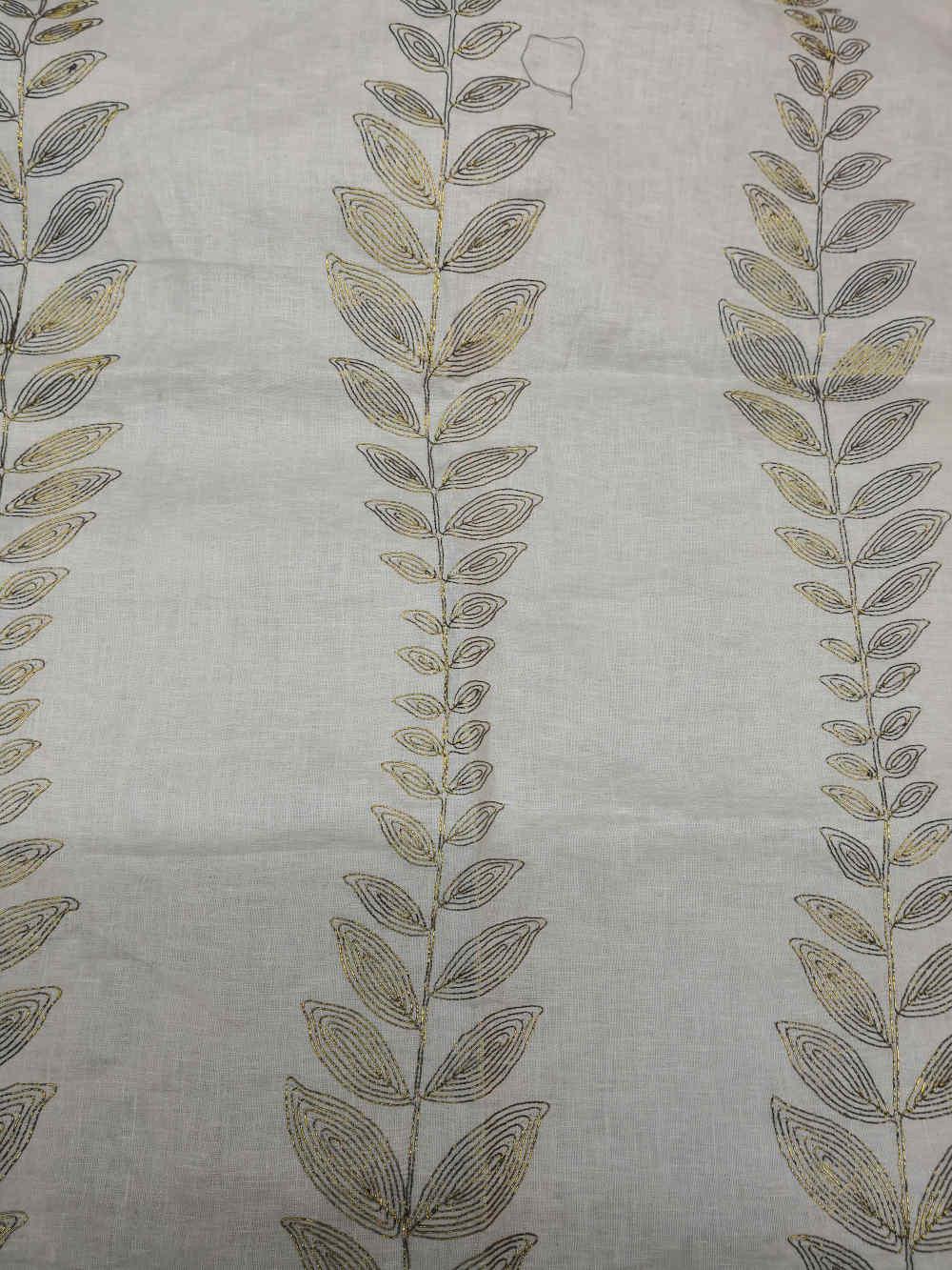 168 Lin Embreville Linen embroidert € 44.00